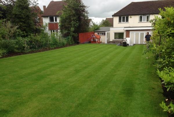 Garden Maintenance, Elstree